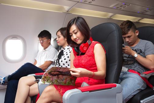 Vui hè sôi động cùng VietJet với 100.000 vé máy bay giá chỉ 99.000 đồng