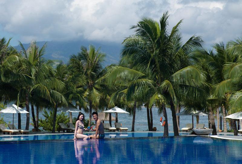 Hồ bơi - Resort Vinpearl Nha Trang