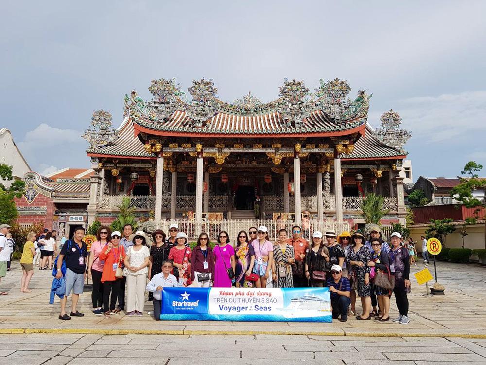 Đoàn khách tham quan Singapore - Malaysia - Thái Lan ngày 13/05/2019