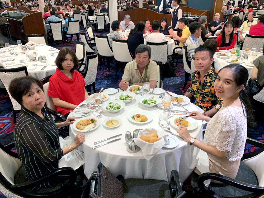 Đoàn khách tham quan Singapore - Malaysia - Thái Lan ngày 06/02/2019