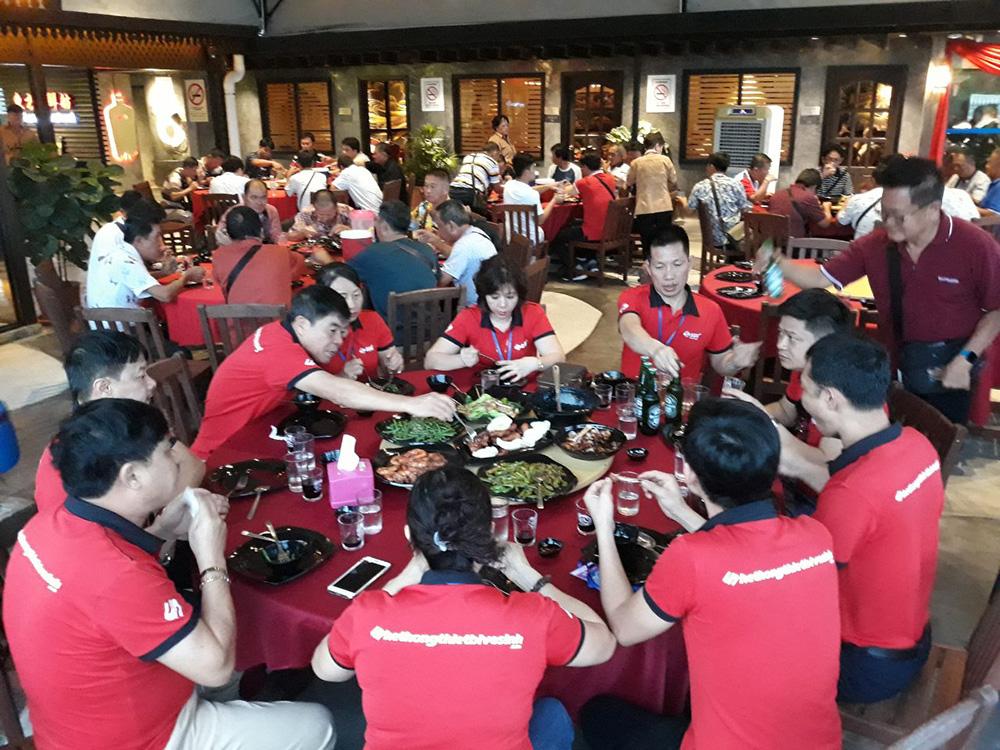 Đoàn khách SUS tham quan Singapore - Malaysia - Thái Lan ngày 17/06/2019
