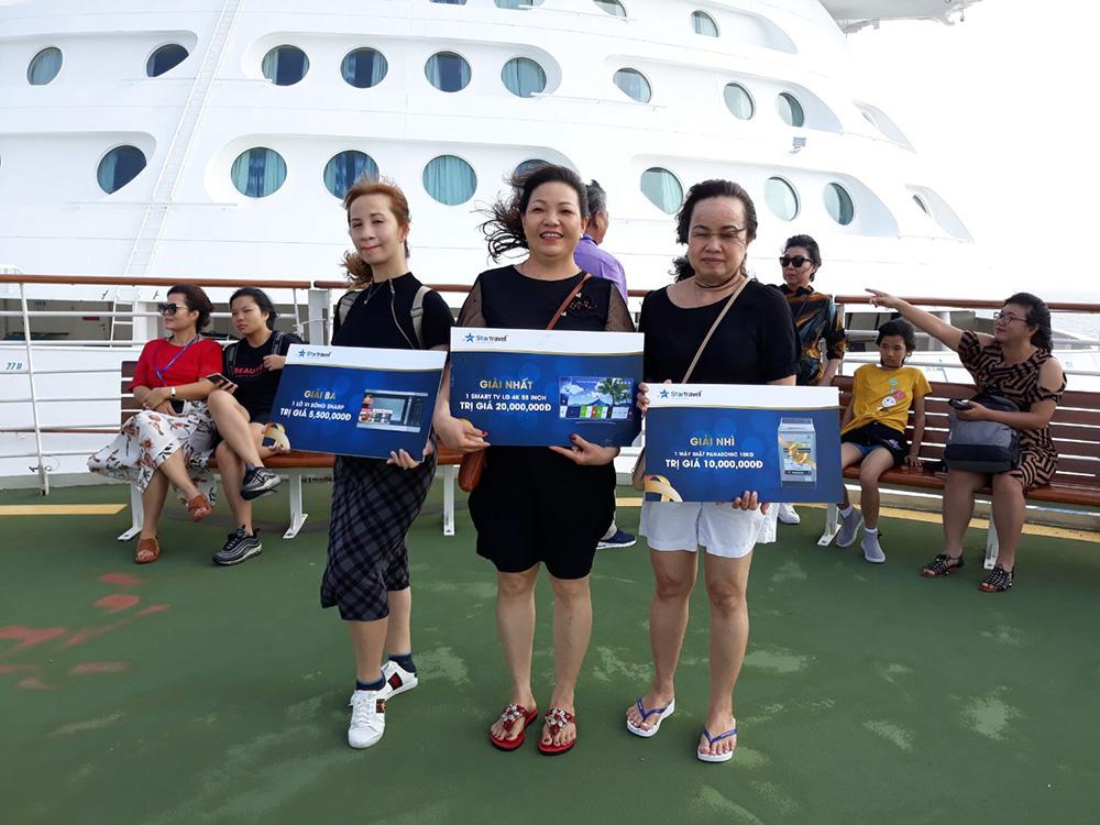 Đoàn khách SUS tham quan Singapore - Malaysia - Thái Lan ngày 24/06/2019