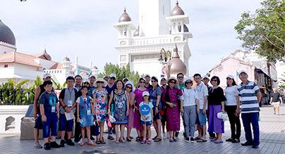 Đoàn Vòng Tròn Việt Trải Nghiệm Singapore Penang Phuket