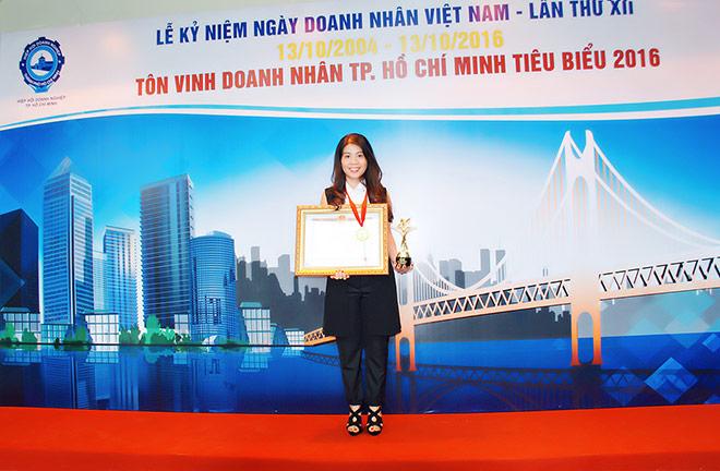 Bà Phạm Kim Nhung - Doanh nhân tiêu biểu năm 2016