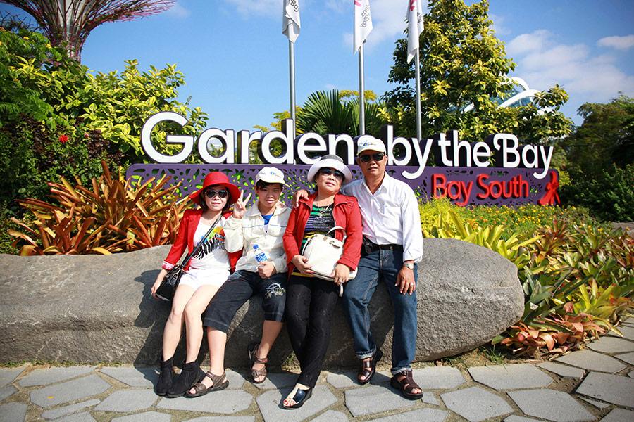 Hình khách tham quan Singapore 2