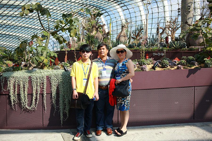 Hình khách tham quan Singapore 3