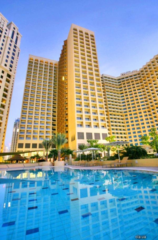 Amwaj Rotana Jumeirah Beach  01.jpg