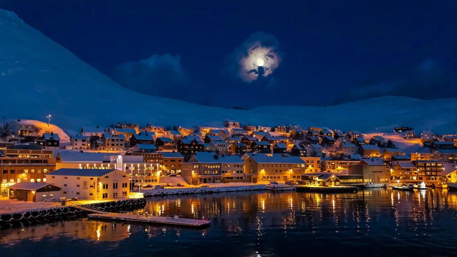 Honningsvag - Coastal Cruise - Hammerfest - Alta