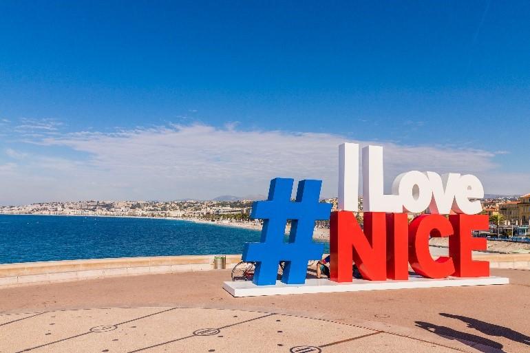Hà Nội - Dubai - Nice, Pháp