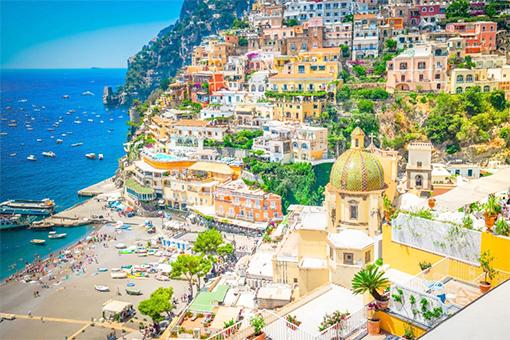 Naples, Ý