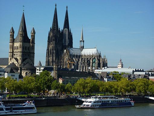 Thành phố Cologne, Đức (Ăn: Sáng, Trưa, Tối)