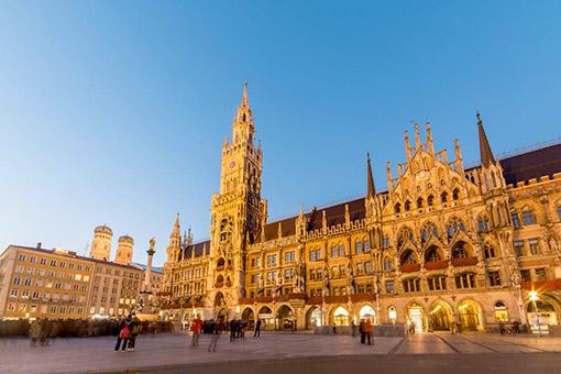 Ngày 10: Munich, Đức