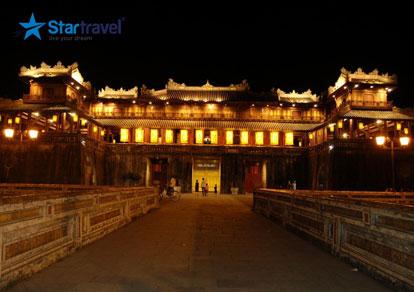 Tour du lịch Miền Trung - Đà Nẵng - Hội An - Huế - Động Thiên Đường 4 ngày xuất phát từ Sài Gòn