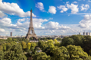 Ngày 01: Paris, Pháp