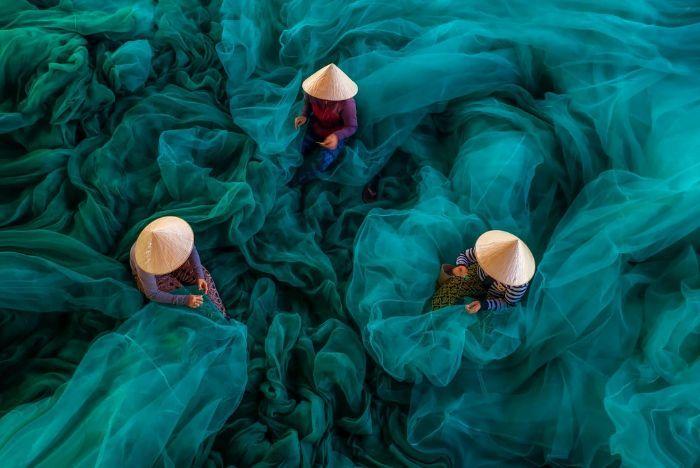 Chiêm ngưỡng chùm ảnh tuyệt đẹp về cuộc sống đời thường rực rỡ nơi làng nghề Việt