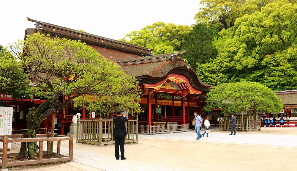 du thuyền 5 sao đền dazaifu fukuoka