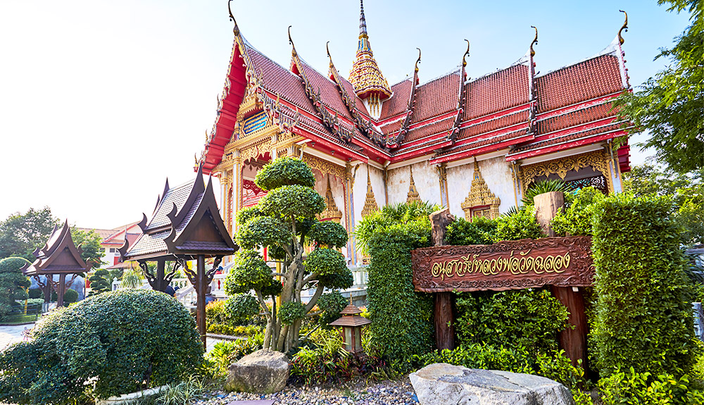 du thuyền 5 sao chùa wat cha long phuket