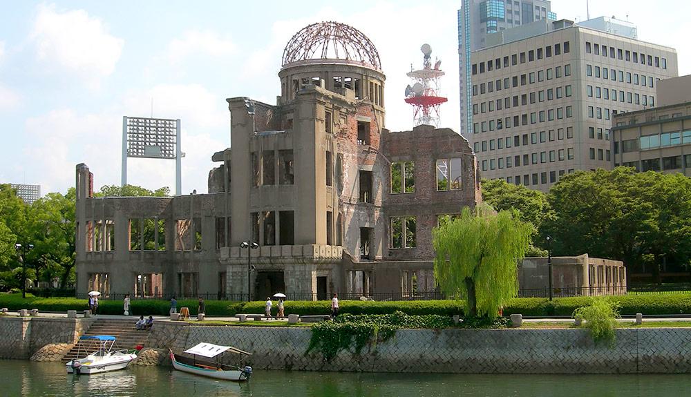 du thuyền biển đài tượng niệm hiroshima
