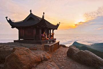 chinh-phuc-yen-tu-mo-suong