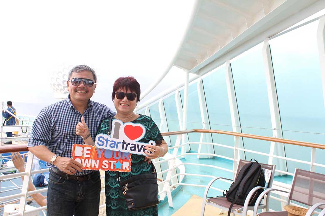 Du khách Star Travel tưng bừng đón lễ 30/04 trên du thuyền 5 sao