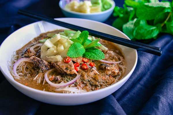 Đến Penang, Ăn Asam Laksa