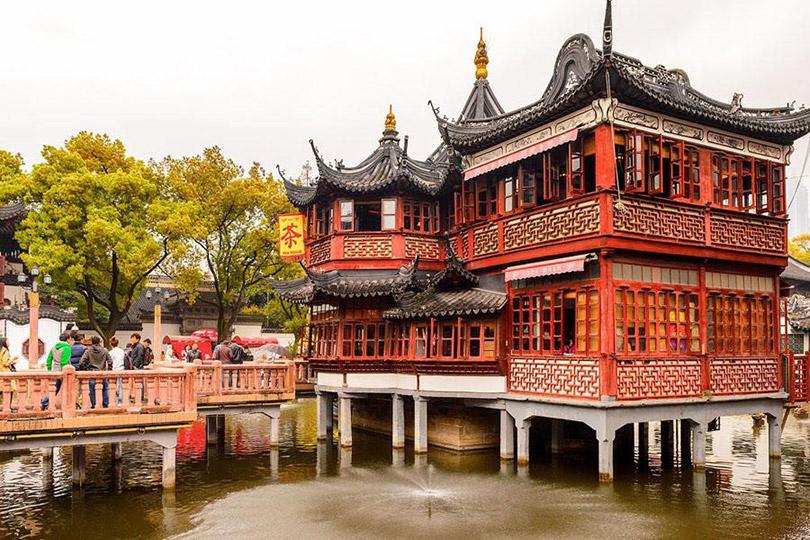 Miếu Thành Hoàng linh thiêng nhất Thượng Hải