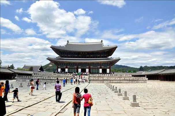 Hàn Quốc miễn Visa và phí thăm quan cung điện