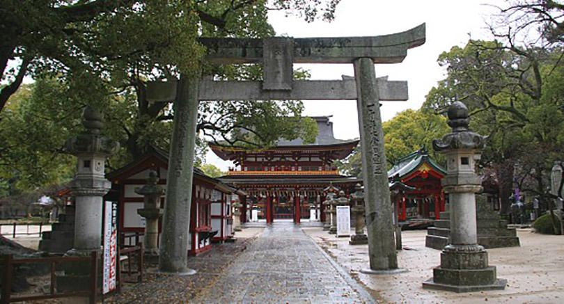 Khám phá đền Dazaifu Tenmangu