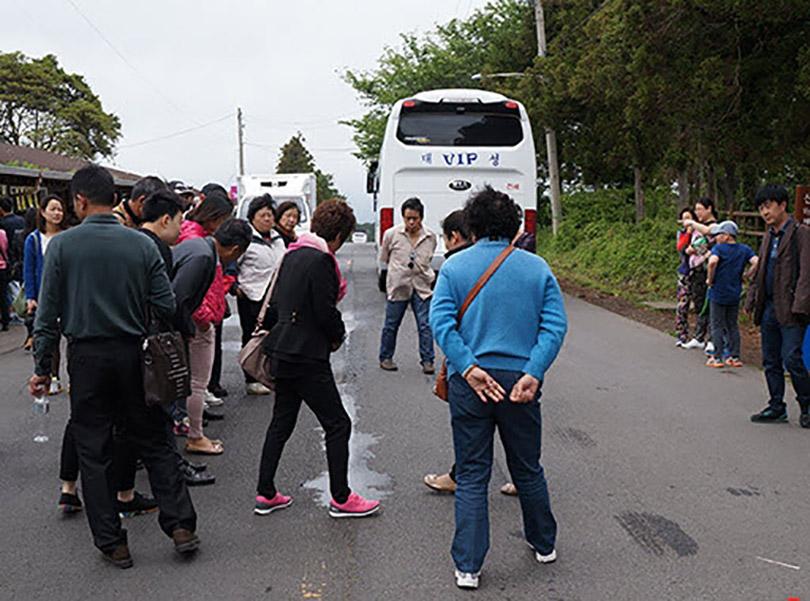 Giải mã con đường ma quái ở Jeju Hàn Quốc