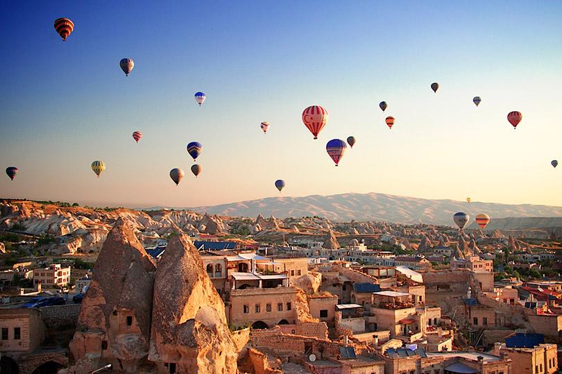 Khám phá kỳ quan thế giới thung lũng Cappadocia & thành phố dưới lòng đất