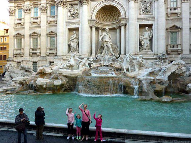 Đài phun nước Trevi - Nơi nguyện ước nổi tiếng nhất thành Rome