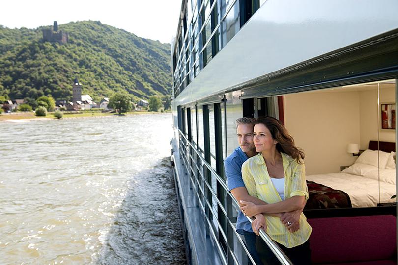 Ngắm dòng Danube từ góc nhìn đốn tim du khách