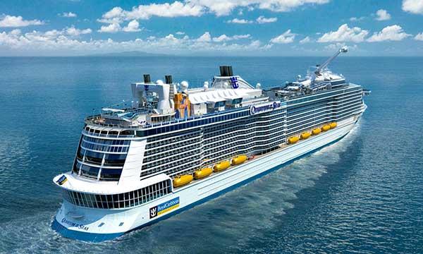 Tưng bừng tài trợ giá tour du thuyền tại Ngày hội Du lịch TP.HCM 2015