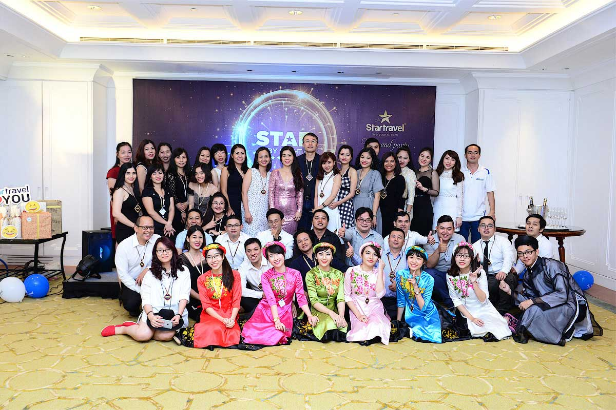 Year End Party 2016: Star By Night