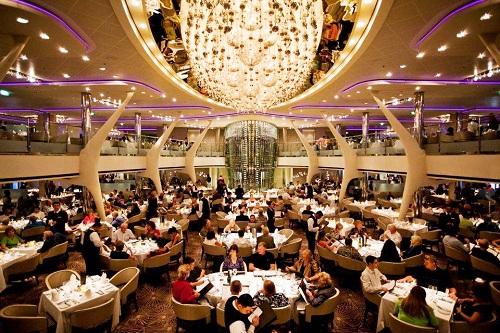 Tour du thuyền Celebrity Milennium - Đón tết theo phong cách SAO
